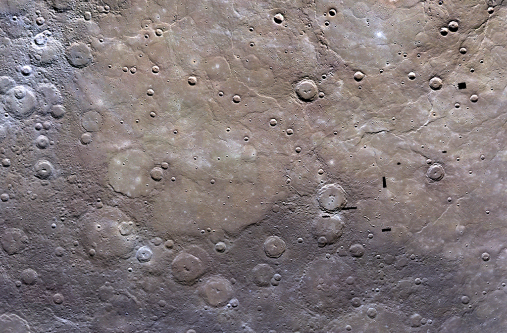 1700 km wide view from MESSENGER, including the edge of Mercury's northern volcanic plains (NASA/JHUAPL/CIW)
