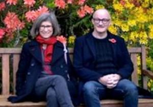 Professor Nancy Longnecker, University of Otago and Professor Richard Holliman, The Open University. Credit: Raimo Kuparinen.