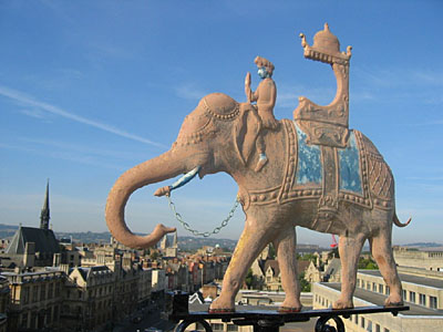 Elephant on roof photo