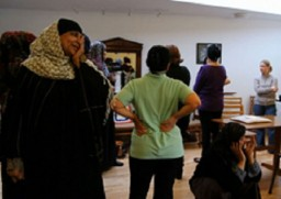 Migrant Mothers in a workshop