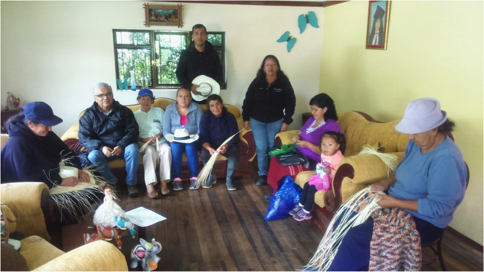 Women's association in Ecuador image