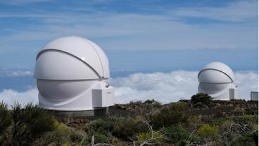 """""""Robotic telescopes COAST and PIRATE"""" / Credit: Alan Cayless (The Open University)"""