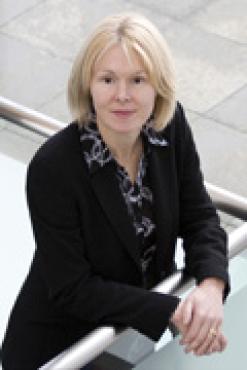 Prof Elizabeth Daniel