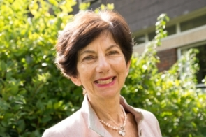 Ilona Roth