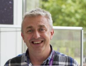 Dr Simon Sheridan