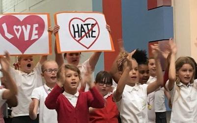 Children singing in last year's event