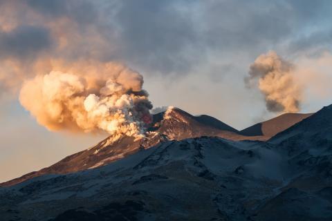 Shutterstock-354173186 Mount Etna erupting