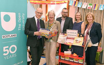 John Swinney MSP, Deputy First Minister and Cabinet Secretary for Education, on a visit to Bannockburn Primary School to see TELT in action